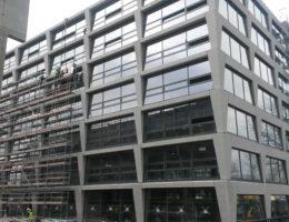 Biurowiec p4 warszawa elewacja betonowa klinika betonu 2 compressed