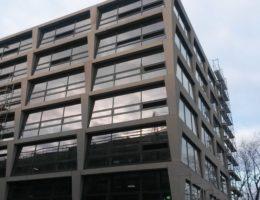 Biurowiec p4 warszawa elewacja betonowa klinika betonu 3 compressed