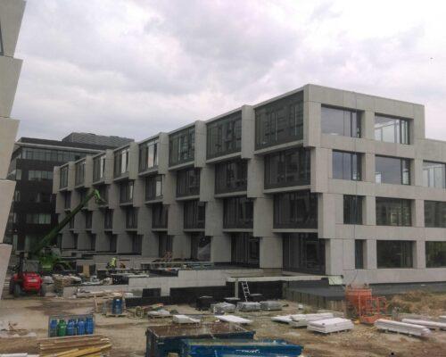 Biurowiec p4 warszawa elewacja betonowa klinika betonu 14 compressed