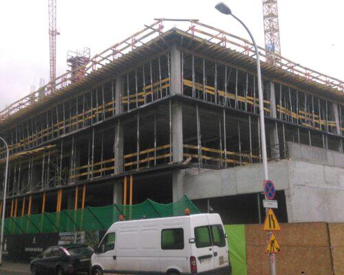 Centrum praskie koneser elewacja gzymsy realizacja klinika betonu 2 compressed
