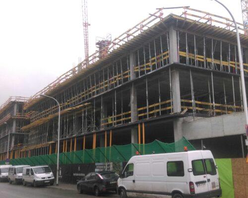 Centrum praskie koneser elewacja gzymsy realizacja klinika betonu 3 compressed