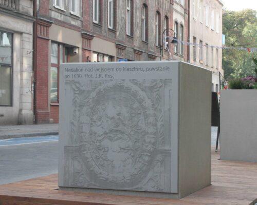 Fotobetonowe szesciany wroclaw realizacja klinika betonu 3 compressed